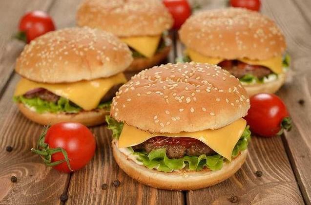 开一家汉堡加盟店需要投资多少钱呢?