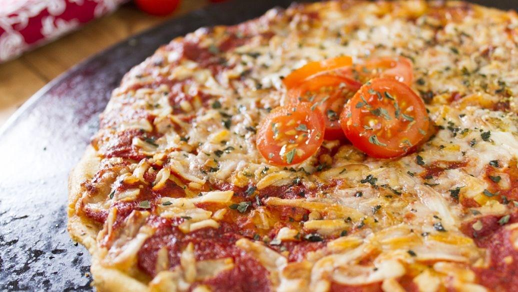 红色帽子披萨