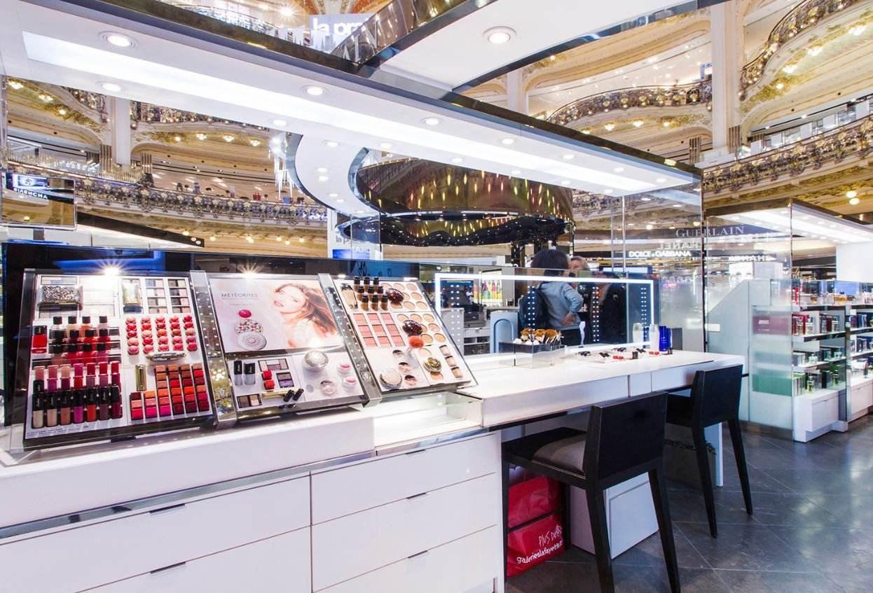 化妆品加盟费一般需要多少钱