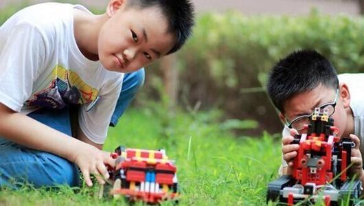 卡卡木机器人教育