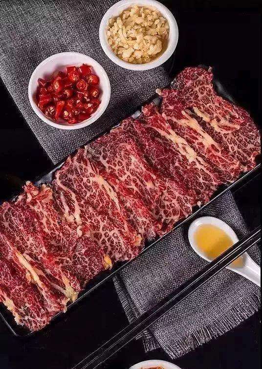 牛上市潮汕牛肉火锅