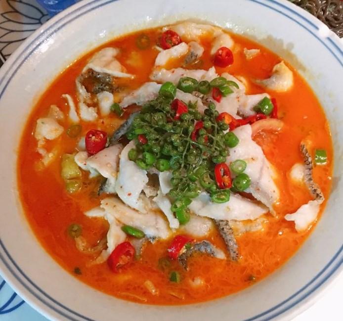海小主酸菜鱼