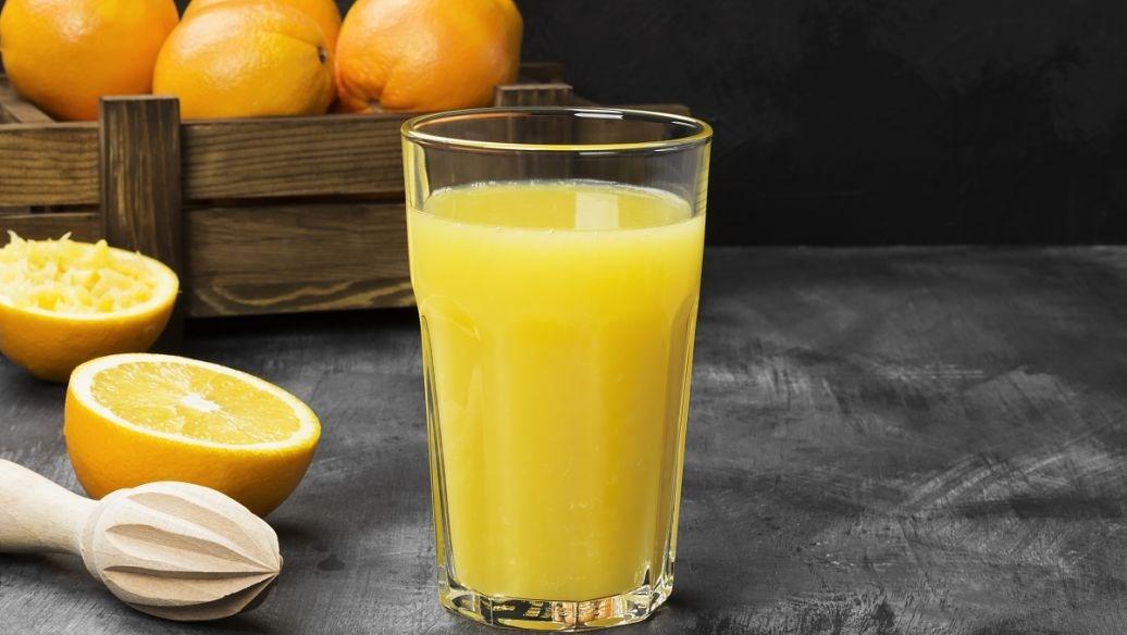 鲜榨果汁加盟多少钱?加盟鲜榨果汁费用高不高?