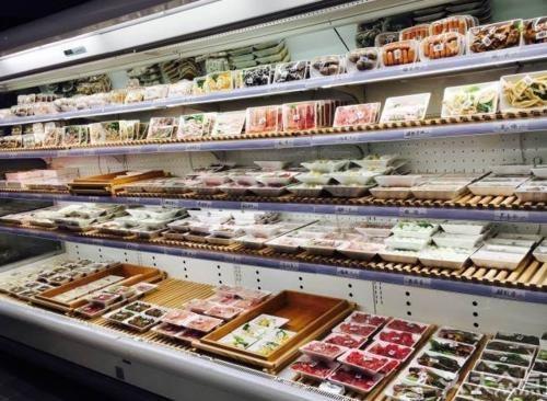 杨肥肠火锅食材超市的加盟要求?门槛比较低