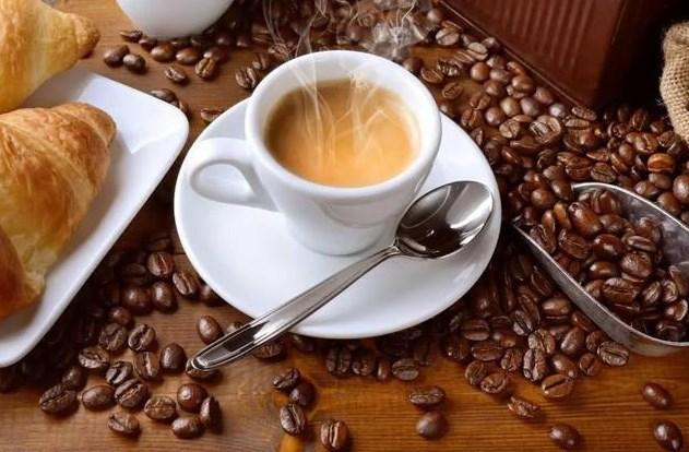 开一家咖啡馆需要投资多少钱?看加盟规模的大小