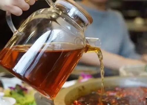 如何加盟老太婆茶火锅呢?具体加盟信息要看好