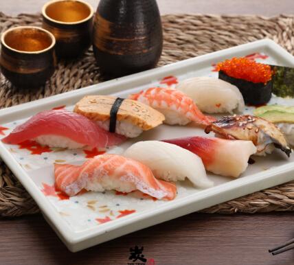 鲜丼屋義寿司