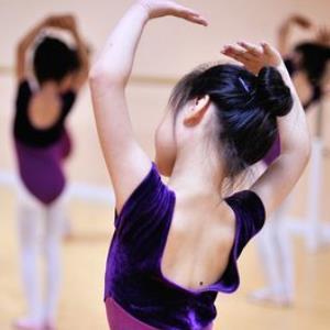 静莎舞蹈培训