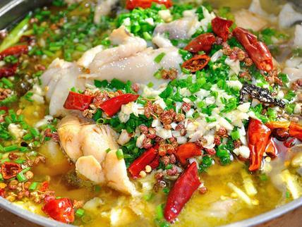 阿六酸菜鱼