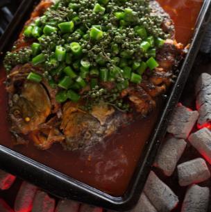 百味菜馆烤鱼
