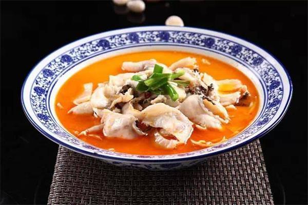 端伊盆酸菜鱼