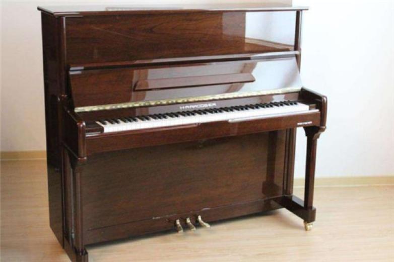 哈罗德钢琴
