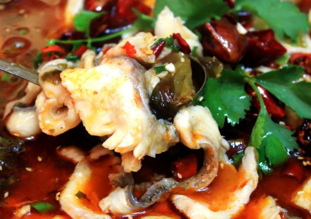 嘉华驰名酸菜鱼