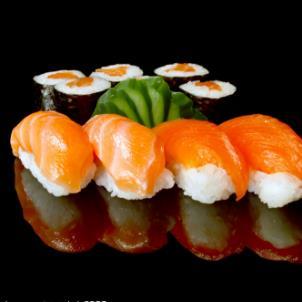 富山屋回转寿司