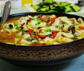 富哥酸菜鱼