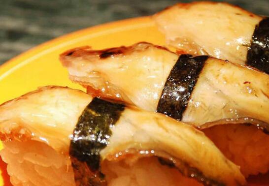 浪漫樱花寿司