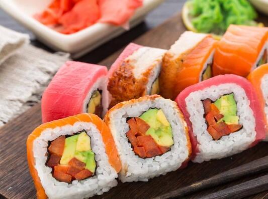 鲸泽寿司料理